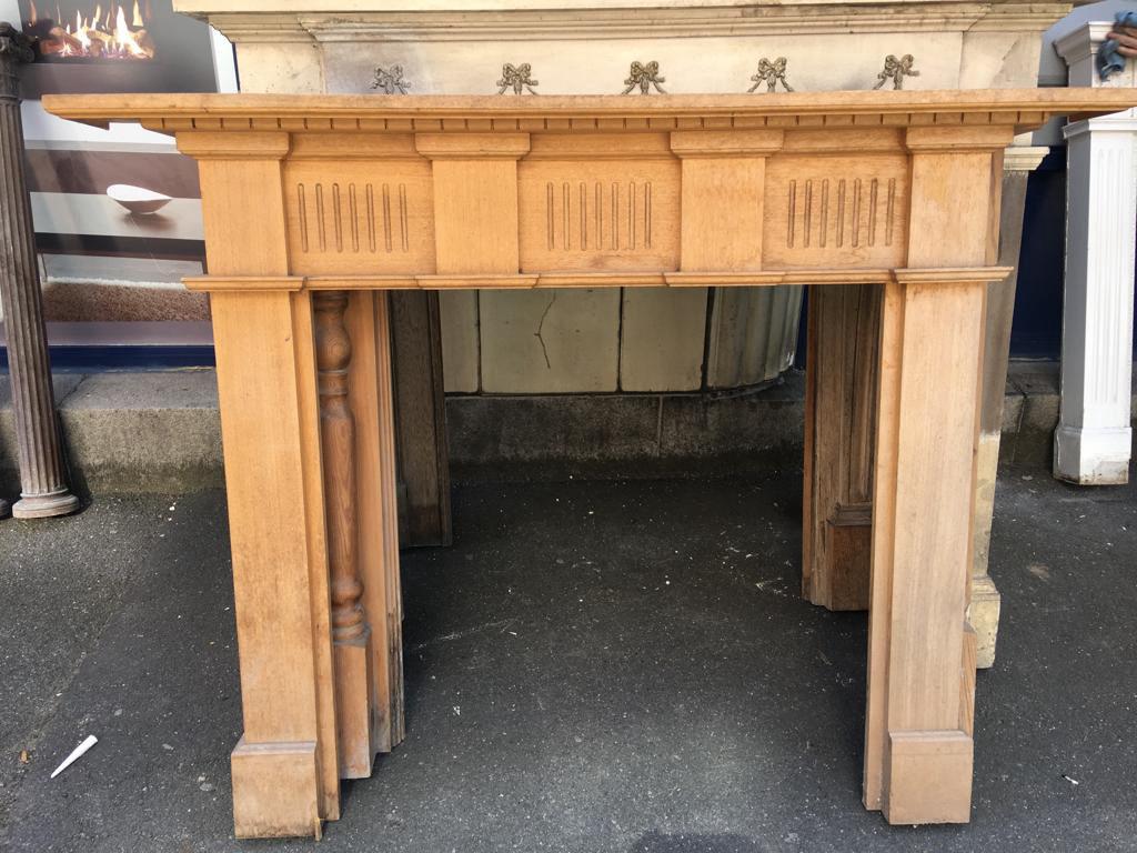 GX-20003 - Wooden Pine Mantle Piece