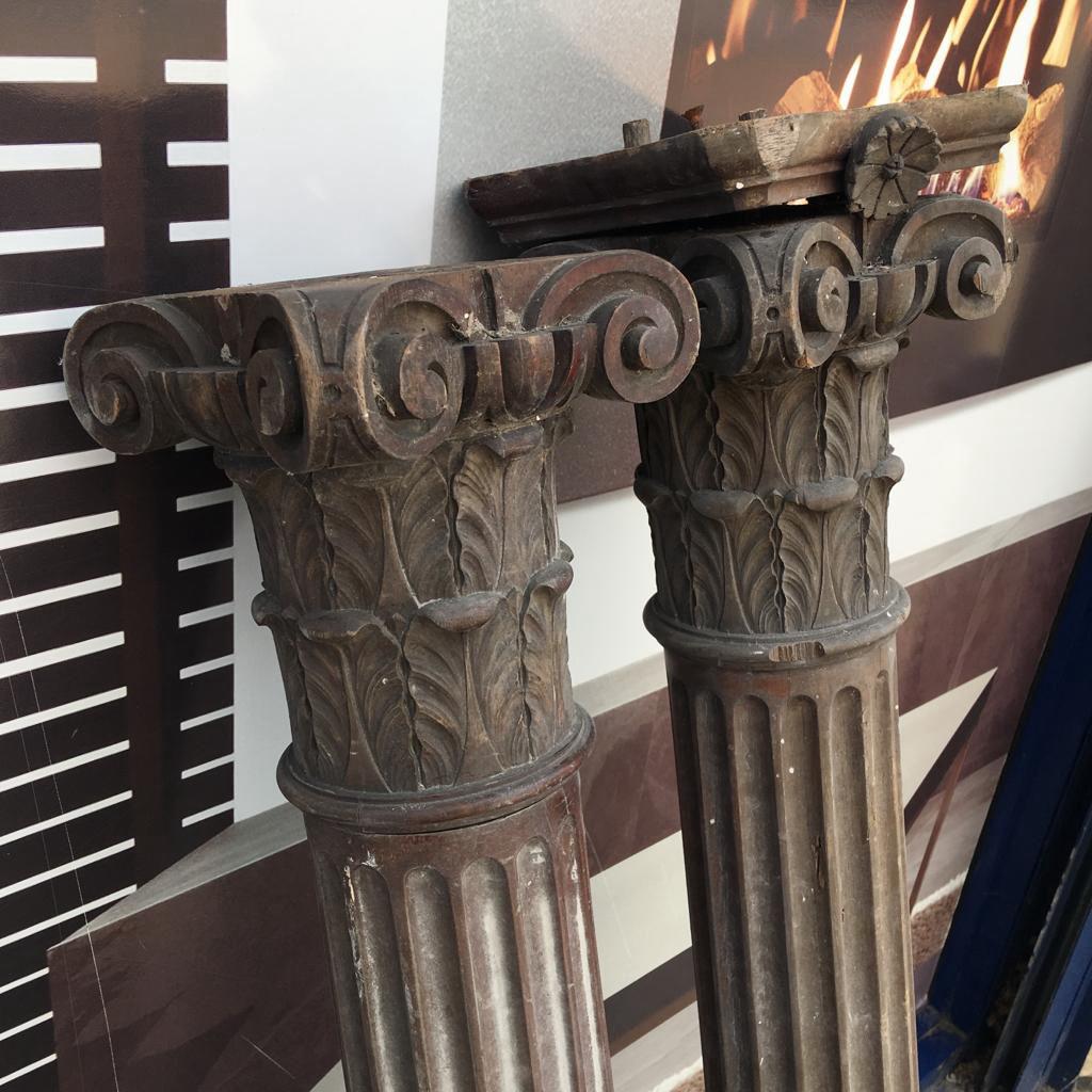 GX-20006 - Mahogany Carved Columns